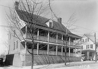 Salem Tavern - Image: The Tavern, 800 South Main Street, Winston Salem (Forsyth County, North Carolina)