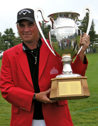 Thomas Bjørn - Bjørn with the Omega European Masters trophy in 2011