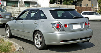 Lexus IS - Toyota Altezza Gita (JCE10; Japan); exported as Lexus IS SportCross