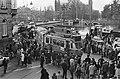 Tram uit de bocht op hoek van Weesperzijde en Ruyschstraat in Amsterdam, Bestanddeelnr 923-9484.jpg