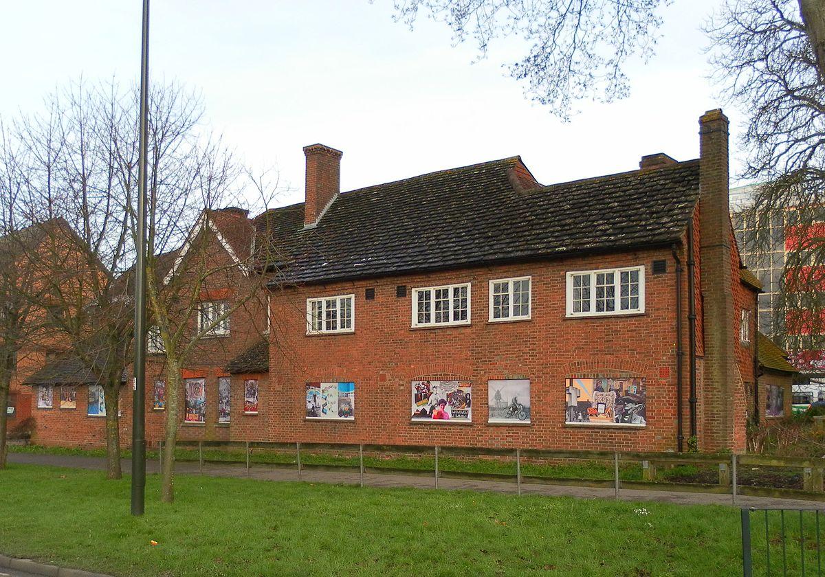 Tree House Photos Tree House Crawley Wikipedia