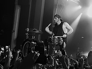 Twenty One Pilots, Shepherds Bush Empire, London (22857665801).jpg