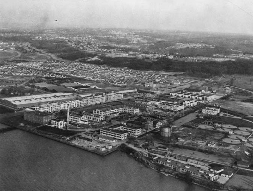 US Naval Research Laboratory in 1944