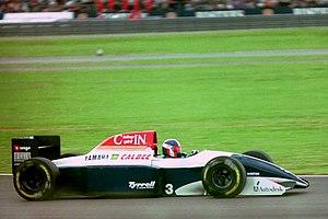 Tyrrell 020 - Image: Ukyo Katayama Tyrrell 020C during practice for the 1993 British Grand Prix (33530269962)