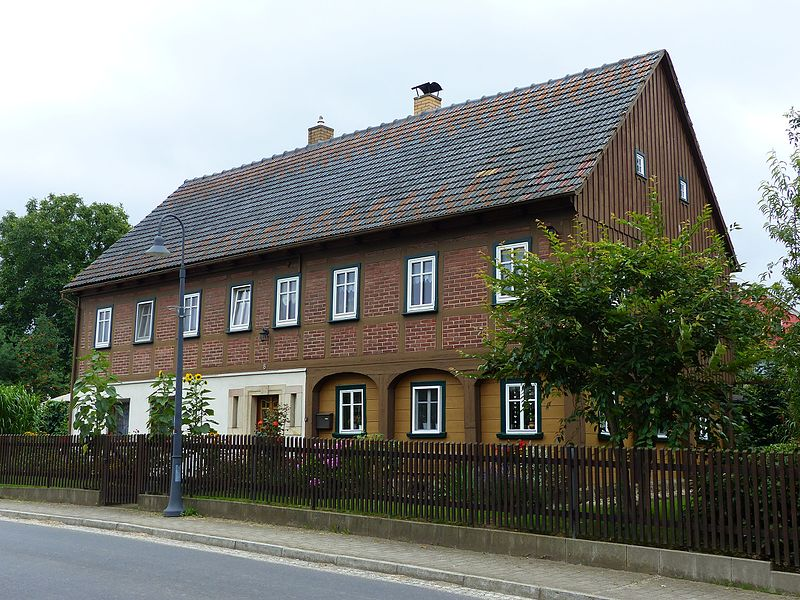 File:Umgebinde Olbersdorfer Straße 8 Bertsdorf.jpg