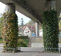 Unter der Benficiarier-Brücke - panoramio (1).jpg