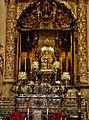 Urna de San Fernando y Virgen de los Reyes (Capilla Real de la catedral de Sevilla).jpg