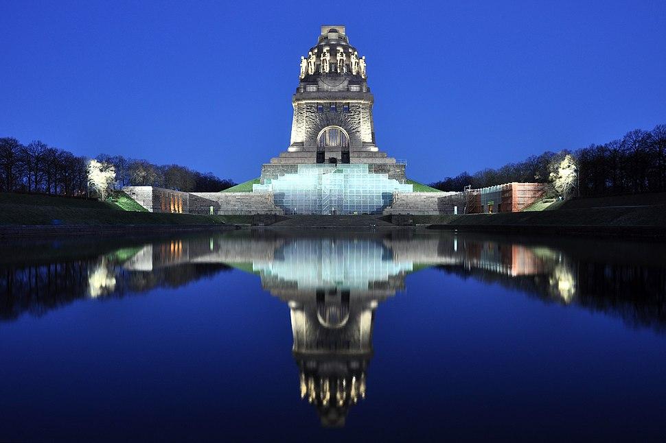 Völkerschlachtdenkmal Nacht