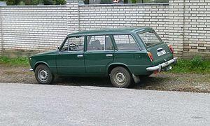 VAZ-2102-zeleny b.jpg