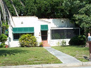 Edgewood Historic District (Venice, Florida) - Image: Venice FL Edgewood HD 801 Groveland 01