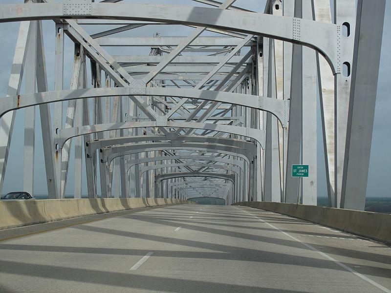 File:Veterans Bridge.jpg