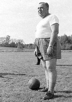 Vicente Feola lors de la préparation du Brésil pour la Coupe du monde de  football de 1958 eba14e5b8ed8