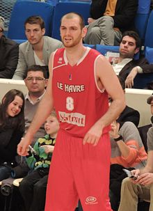 Vlad Moldoveanu playing for Le Havre.JPG
