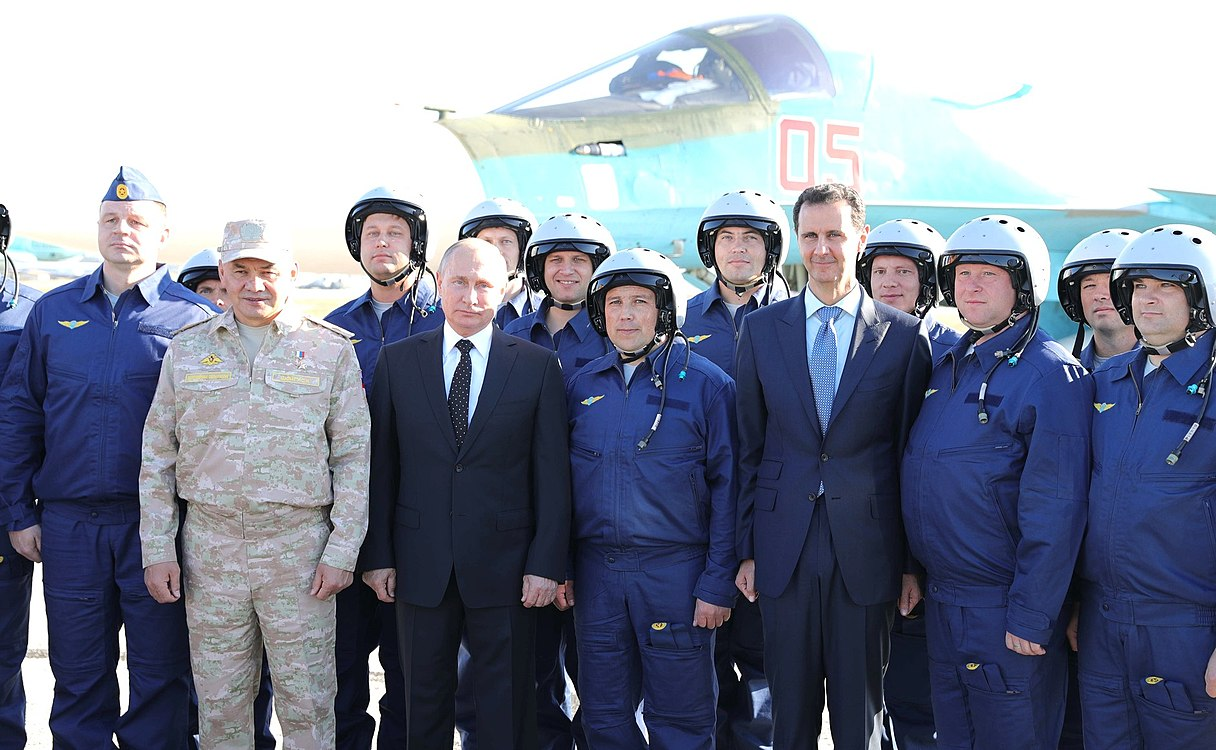 Vladimir Putin in Khmeimim Air Base in Syria (2017-12-11) 24.jpg