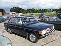 Volvo 144 (4946351181).jpg