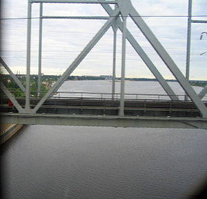 Vyatka River from trans-Siberian railroad.jpg