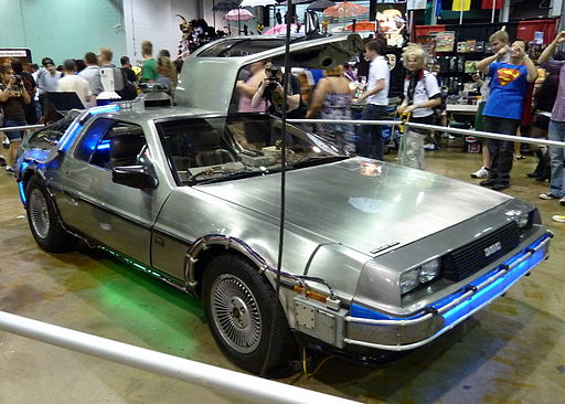 WW Chicago 2011 - Back to the Future DeLorean (8168334997)