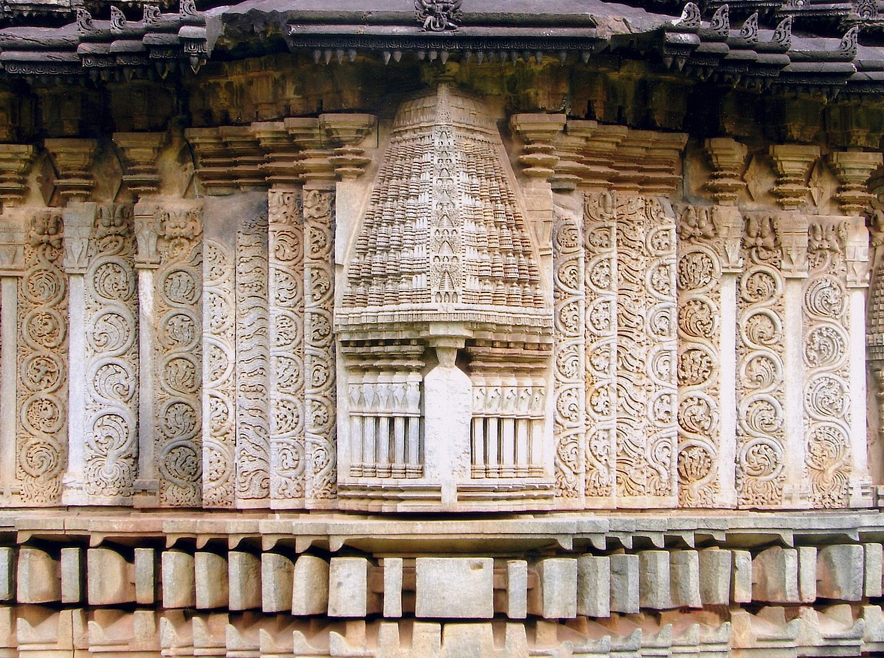 Temple Wall Panels : File wall panel decoration at amrutesvara temple in