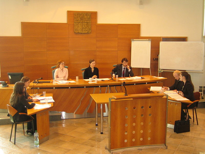 Soubor:Willem C. Vis pre moot at Palacky University of Olomouc.JPG
