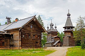 Wooden church and house 01.jpg