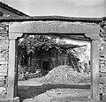 """K?lonja"" (vhod) v korto, pri Šuštarju (Čergoj), Tatre 1955.jpg"