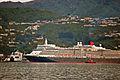 'Queen Elizabeth' arriving Wellington, New Zealand, 19th. Feb. 2011 - Flickr - PhillipC (2).jpg