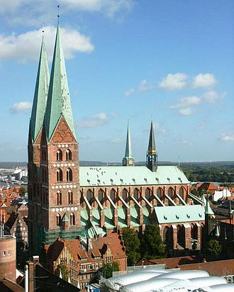 St. Mary's Church, Lübeck - Side view