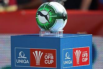 2017–18 Austrian Cup - Image: ÖFB Cup Spielball und Logo 2017 (2)