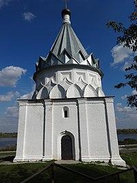 Муром, вид на Церковь Косьмы и Дамиана и на набережную.jpg