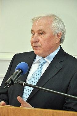 Степан Слюзар