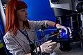 Учёный лаборатории биофизики возбудимых систем.jpg