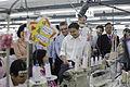 นายกรัฐมนตรี บันทึกเทปรายการเชื่อมั่นประเทศไทยกับนายกฯ - Flickr - Abhisit Vejjajiva (10).jpg