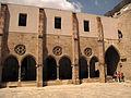 074 Antic convent de Sant Agustí, claustre.jpg