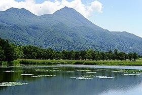 140829 Ichiko of Shiretoko Goko Lakes Hokkaido Japan04s3.jpg