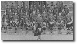 St. Andrew's College, Aurora - Picture of the School's first cadet corps in 1905.