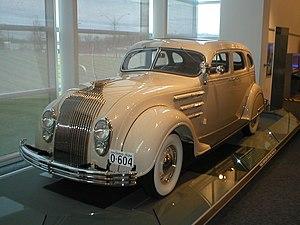 Chrysler Airflow - Image: 1934Chrysler Airflow
