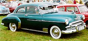 1950 Chevrolet Styleline De Luxe 2-Door Sedan JSJ647.jpg