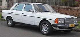 1980 Mercedes-Benz 300 D (W123) Sedan (20980100691) .jpg