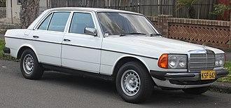 Mercedes-Benz W123 - 1980 Mercedes-Benz 300D (W123)