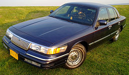Una Mercury Grand Marquis del 1994