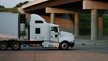 2008-07-04 Kenworth truck on I-85 in Durham.jpg
