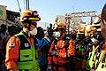 2010년 중앙119구조단 아이티 지진 국제출동100118 중앙은행 수색재개 및 기숙사 수색활동 (50).jpg