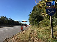 2016-10-28 11 44 28 View west along Interstate 66 (Custis Memorial Parkway) just west of Exit 66 (Virginia State Route 7-Leesburg Pike, Tysons Corner, Falls Church) in Idylwood, Fairfax County, Virginia.jpg