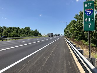 Franklin Township, Warren County, New Jersey - View west along I-78/US 22 in Franklin Township