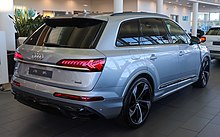2019 Audi Q7 facelift Rear.jpg