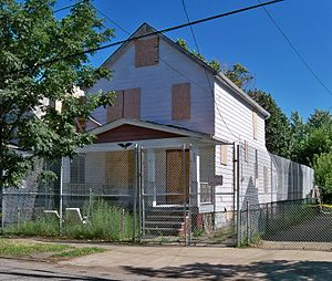 Ariel Castro kidnappings - Image: 2207 Seymour Ave