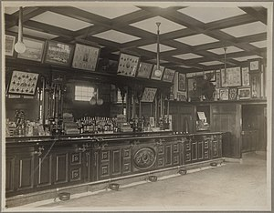 Royal Rooters - 3rd Base Salon, Boston (1916)