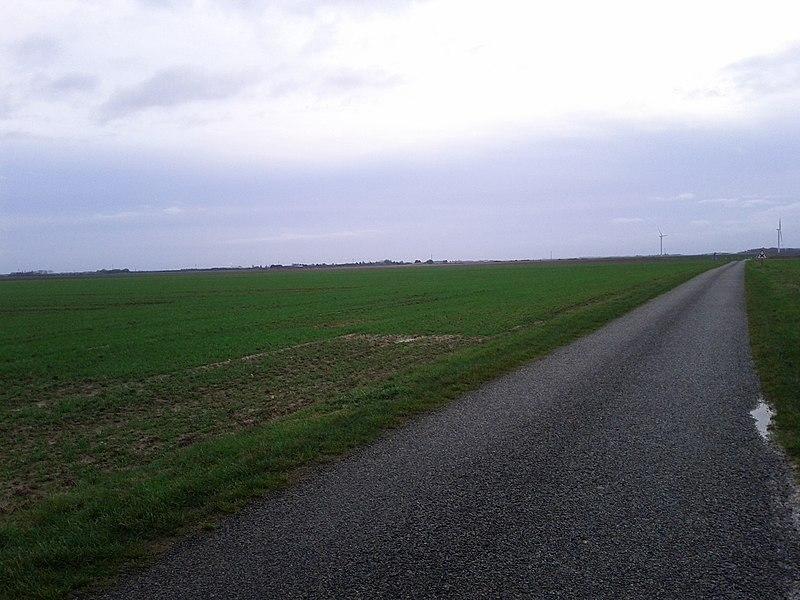 28360 Prunay-le-Gillon, France.
