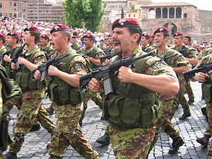 "2nd Carabinieri Mobile Brigade - 1st Paratroopers Carabinieri Regiment ""Tuscania"" on parade."