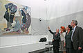5. Juli 2011 Kunst im Fraktionssaal - Gregor Gysi stellt künstlerisch umgestalteten Clara-Zetkin-Saal vor (4).jpg